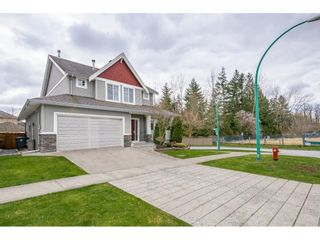 Photo 3: 18840 70A Avenue in Surrey: Clayton House for sale (Cloverdale)  : MLS®# R2559879