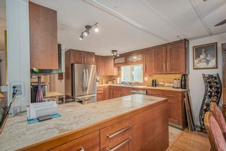 """Photo 6: 1 6280 KING GEORGE Boulevard in Surrey: Sullivan Station Manufactured Home for sale in """"White Oak Park"""" : MLS®# R2608033"""