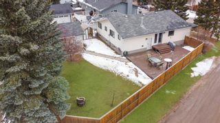 Photo 2: 303 Silver Valley Rise NW in Calgary: Silver Springs Detached for sale : MLS®# A1084837