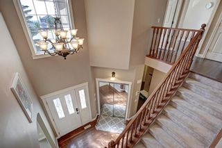 Photo 17: 30 Simcrest Manor SW in Calgary: Signal Hill Detached for sale : MLS®# A1146154