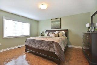 Photo 6: 211 Worthview Drive in Vaughan: West Woodbridge House (2-Storey) for sale : MLS®# N3459890