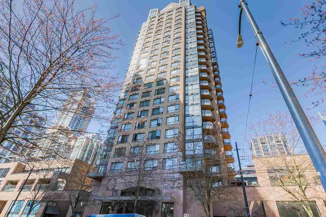 """Main Photo: 611 1189 HOWE Street in Vancouver: Downtown VW Condo for sale in """"GENESIS"""" (Vancouver West)  : MLS®# R2581550"""