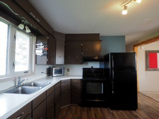 Photo 8: 165 Broadway Street in Holland: House for sale : MLS®# 202124951