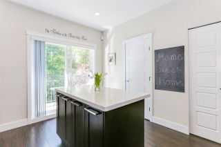 """Photo 5: 22 20966 77A Avenue in Langley: Willoughby Heights Townhouse for sale in """"NATURE'S WALK"""" : MLS®# R2370750"""