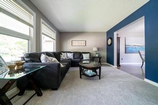 Photo 6: 202 Vista Avenue in Winnipeg: St Vital Residential for sale (2E)  : MLS®# 202011762