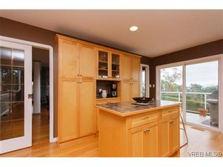 Photo 6: 808 Bexhill Pl in VICTORIA: Co Triangle House for sale (Colwood)  : MLS®# 628092