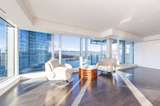 "Photo 7: 2907 1011 W CORDOVA Street in Vancouver: Coal Harbour Condo for sale in ""FAIRMONT PACIFIC RIM"" (Vancouver West)  : MLS®# R2524898"