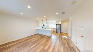 Photo 8: IMPERIAL BEACH House for sale : 4 bedrooms : 935 Emory St
