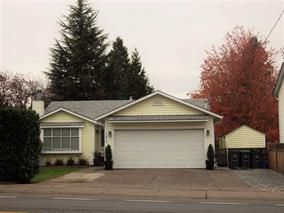 Main Photo: 17415 60 Ave in Cloverdale: Cloverdale BC House for sale : MLS®# R2013887