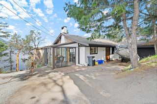 Photo 3: 7130 Mark Lane in Central Saanich: CS Willis Point House for sale : MLS®# 838265