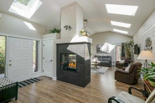Photo 7: 23532 DOGWOOD Avenue in Maple Ridge: East Central House for sale : MLS®# R2572652