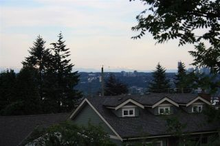 """Photo 3: 835 CHESTNUT Street in New Westminster: The Heights NW House for sale in """"VICTORY HEIGHTS"""" : MLS®# R2181919"""