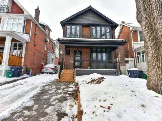 Photo 2: 10 Eaton Ave in Toronto: Danforth Village-East York Freehold for sale (Toronto E03)  : MLS®# E3683348