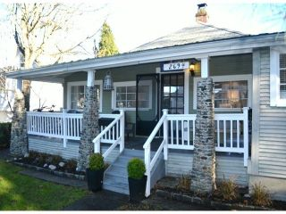 """Photo 1: 2694 MCBRIDE Avenue in Surrey: Crescent Bch Ocean Pk. House for sale in """"CRESCENT BEACH"""" (South Surrey White Rock)  : MLS®# F1427486"""