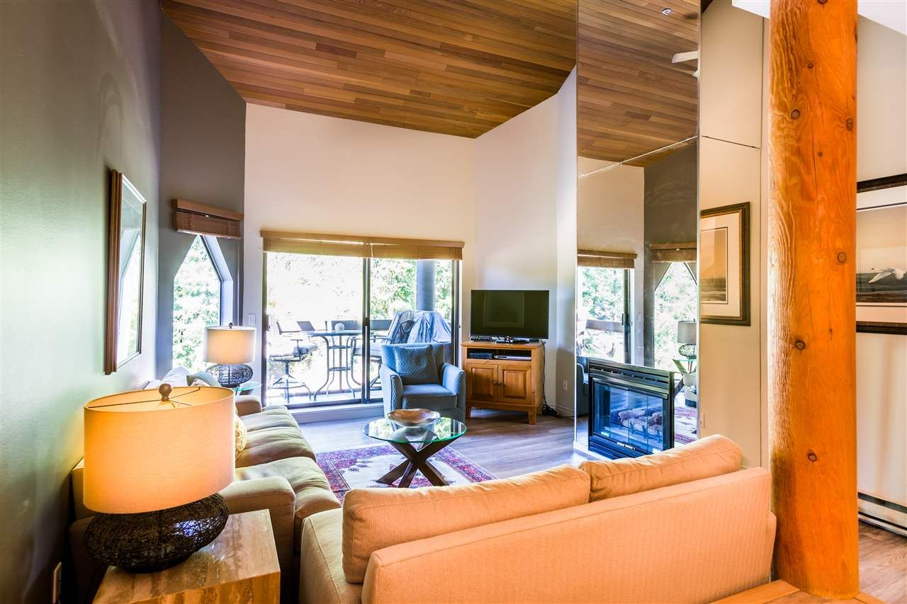 """Main Photo: 304 3217 BLUEBERRY Drive in Whistler: Blueberry Hill Condo for sale in """"IRONWOOD/BLUEBERRY HILL"""" : MLS®# R2098617"""