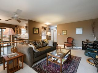 Photo 5: 10446 Resthaven Dr in : Si Sidney North-East House for sale (Sidney)  : MLS®# 855838