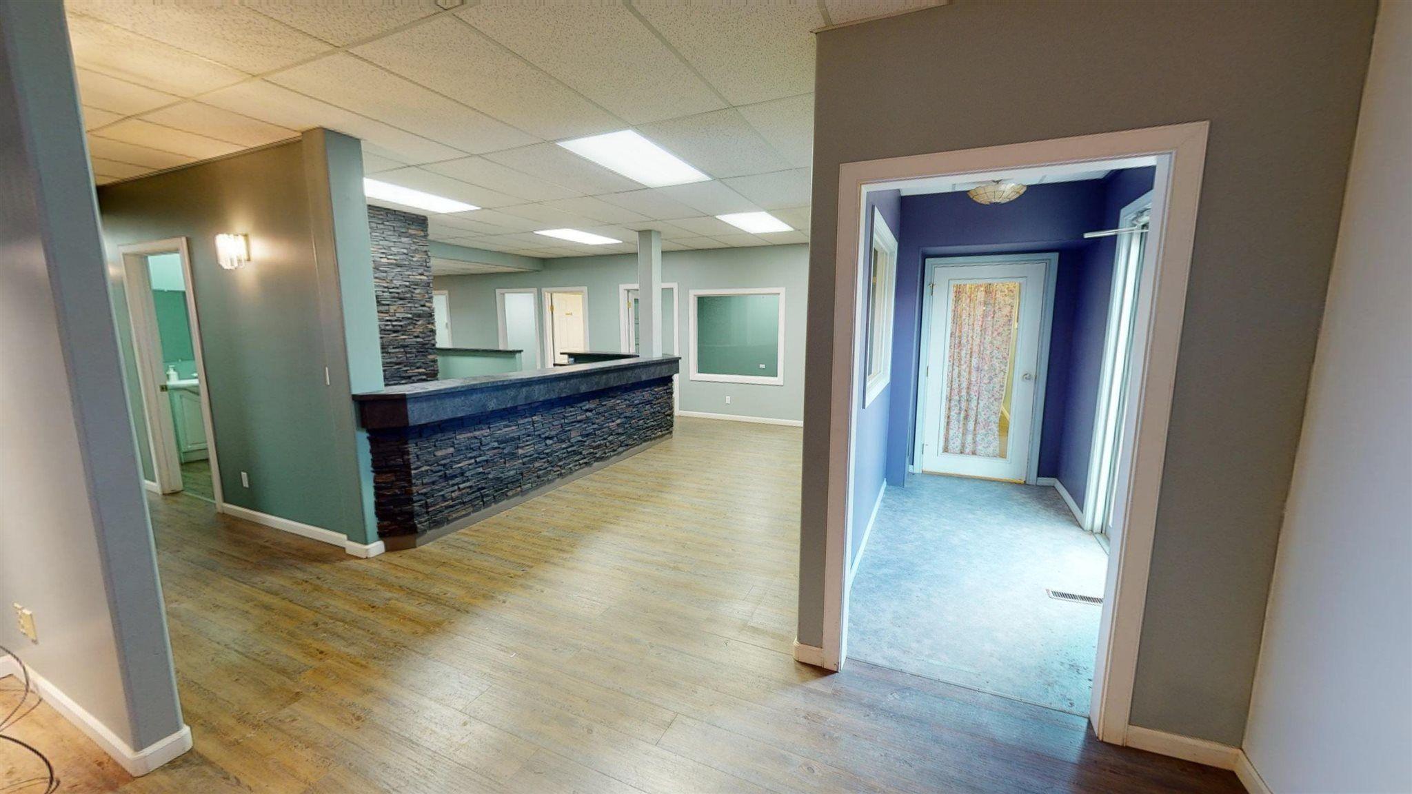 Photo 3: Photos: 10067 100 Avenue in Fort St. John: Fort St. John - City NW Office for sale (Fort St. John (Zone 60))  : MLS®# C8039097