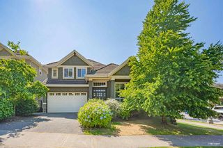 """Main Photo: 3593 ROSEMARY HEIGHTS Drive in Surrey: Morgan Creek House for sale in """"ROSEMARY CREST"""" (South Surrey White Rock)  : MLS®# R2603116"""