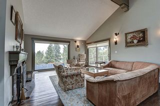 Photo 16: 512 Coach Grove Road SW in Calgary: Coach Hill Detached for sale : MLS®# A1127138