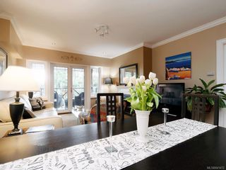 Photo 5: 206 2326 Harbour Rd in Sidney: Si Sidney North-East Condo for sale : MLS®# 841472