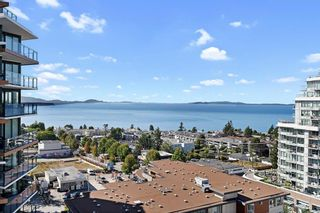 """Photo 1: 1607 1455 GEORGE Street: White Rock Condo for sale in """"Avra"""" (South Surrey White Rock)  : MLS®# R2614637"""