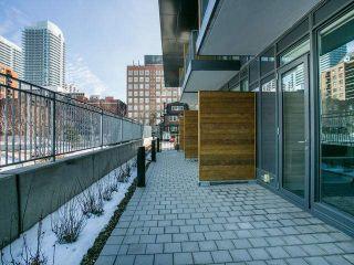 Photo 11: Th 12 30 Roehampton Avenue in Toronto: Mount Pleasant West Condo for sale (Toronto C10)  : MLS®# C3711969