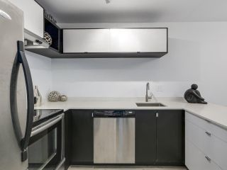 Photo 4: 106 888 W 13TH Avenue in Vancouver: Fairview VW Condo for sale (Vancouver West)  : MLS®# R2241076
