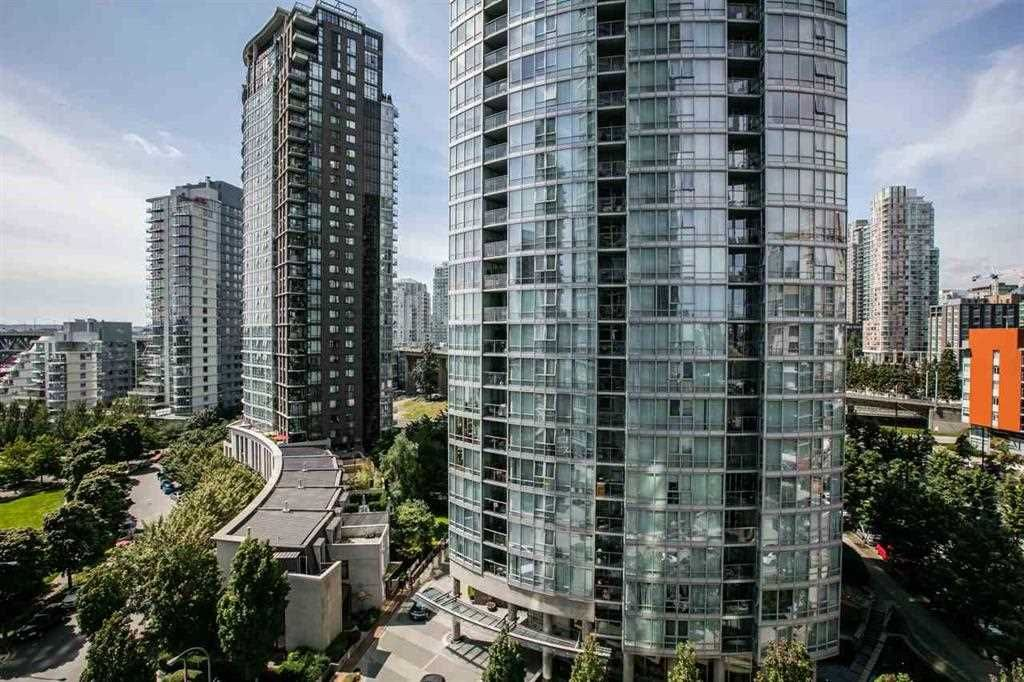 """Photo 15: Photos: 1105 1438 RICHARDS Street in Vancouver: Yaletown Condo for sale in """"AZURA 1"""" (Vancouver West)  : MLS®# R2109141"""