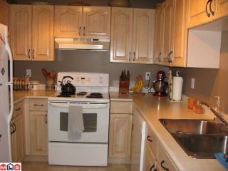 "Photo 5: 102 1450 MERKLIN Street: White Rock Condo for sale in ""Merklin Residence"" (South Surrey White Rock)  : MLS®# F1018829"