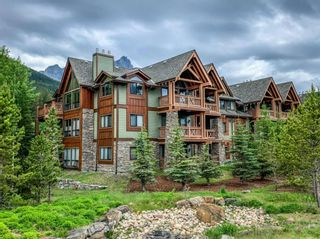 Photo 1: 109 106 Stewart Creek Landing: Canmore Apartment for sale : MLS®# A1126423