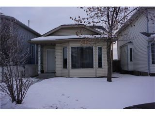 Photo 2: 260 ERIN MEADOW Close SE in Calgary: Erin Woods House for sale : MLS®# C4095343