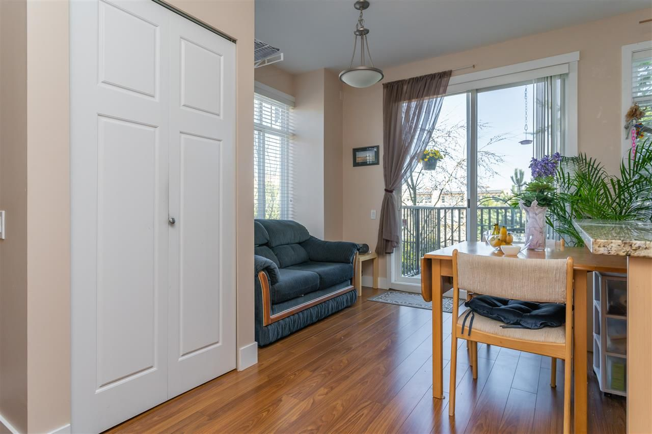"Photo 7: Photos: 21 8250 209B Street in Langley: Willoughby Heights Townhouse for sale in ""Outlook"" : MLS®# R2352663"