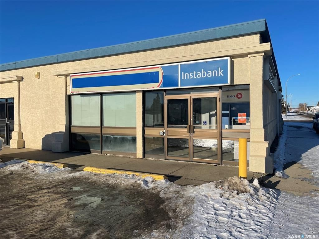 Main Photo: C 101 102 23rd Street in Battleford: Commercial for lease : MLS®# SK838528