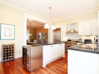 Photo 4: 2580 VINE Street in Vancouver: Kitsilano Townhouse for sale (Vancouver West)  : MLS®# V989268