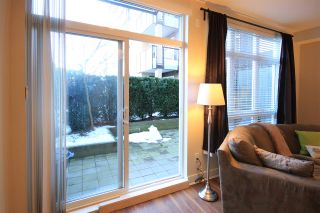 """Photo 7: 113 85 EIGHTH Avenue in New Westminster: GlenBrooke North Condo for sale in """"EIGHT WEST"""" : MLS®# R2130453"""