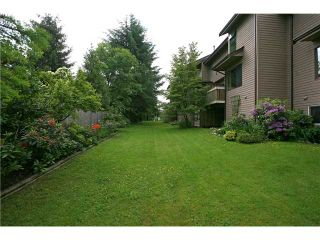 "Photo 10: 557 CARLSEN Place in Port Moody: North Shore Pt Moody Townhouse for sale in ""EAGLE POINT"" : MLS®# V835962"