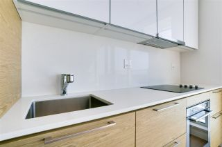 """Photo 13: 1413 13438 CENTRAL Avenue in Surrey: Whalley Condo for sale in """"Prime on The Plaza"""" (North Surrey)  : MLS®# R2560921"""