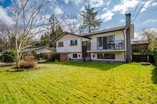 Photo 3: 27166 28B Avenue in Langley: Aldergrove Langley House for sale : MLS®# R2563345