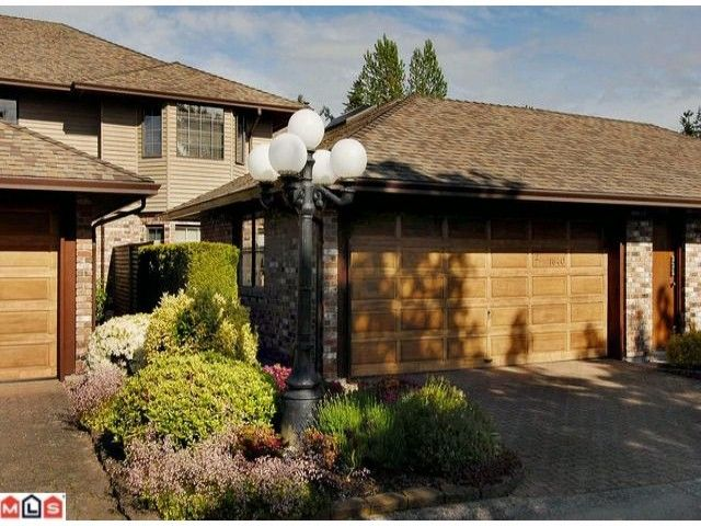 """Main Photo: 2 1640 148TH Street in Surrey: Sunnyside Park Surrey Townhouse for sale in """"ENGLESEA COURT"""" (South Surrey White Rock)  : MLS®# F1223749"""