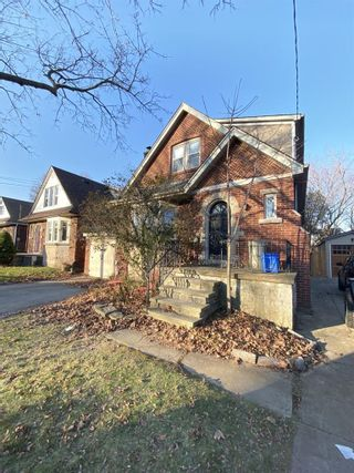 Photo 2: 48 CLINE Avenue S in Hamilton: House for sale : MLS®# H4070215