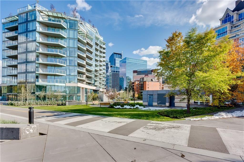 Photo 4: Photos: 607 738 1 Avenue SW in Calgary: Eau Claire Apartment for sale : MLS®# C4272230
