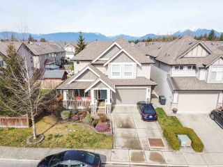 Photo 2: 20877 83B Avenue in Langley: Willoughby Heights House for sale : MLS®# R2552880