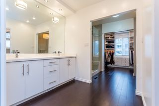 Photo 11: 979 W 17TH Avenue in Vancouver: Cambie House for sale (Vancouver West)  : MLS®# R2053997