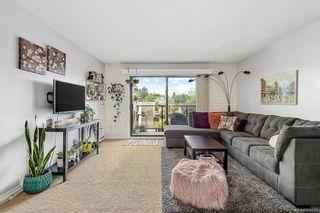 Photo 2: 305 2757 Quadra St in Victoria: Vi Hillside Condo for sale : MLS®# 842674