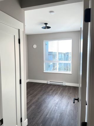"""Photo 11: 402B 20838 78B Avenue in Langley: Willoughby Heights Condo for sale in """"Hudson & Singer"""" : MLS®# R2594495"""