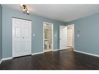"""Photo 13: 202 2709 VICTORIA Drive in Vancouver: Grandview VE Condo for sale in """"VICTORIA COURT"""" (Vancouver East)  : MLS®# V1132733"""