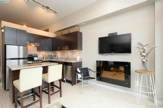 Photo 3: 307 1121 Fort St in VICTORIA: Vi Downtown Condo for sale (Victoria)  : MLS®# 778448