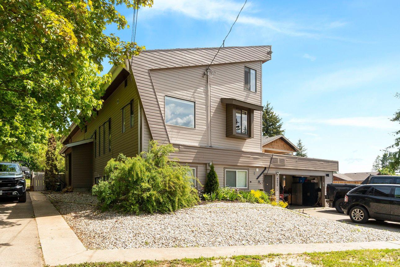 Main Photo: 2830 Northeast 25 Street in Salmon Arm: North Broadview NE House for sale : MLS®# 10197790