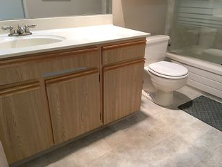"""Photo 16: 905 615 BELMONT Street in New Westminster: Uptown NW Condo for sale in """"BELMONT TOWERS"""" : MLS®# R2200623"""