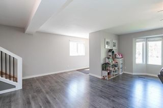 Photo 6: 561 Community Row in Winnipeg: Charleswood Residential for sale (1G)  : MLS®# 202017186
